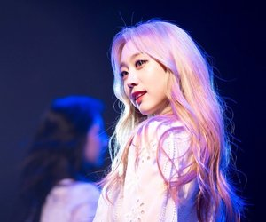 blonde, jisoo, and lovelyž image