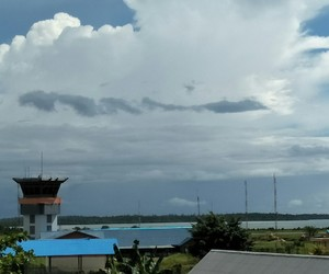 airport, cloud, and gugur image