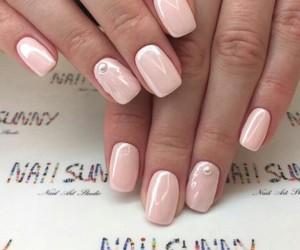 nails, pearl, and pearls image