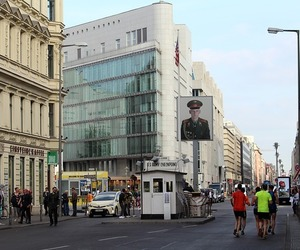 berlin and checkpoint charlie image