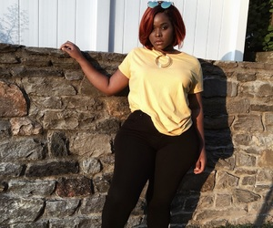 aesthetic, black, and curvy image