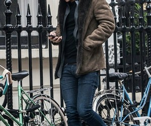 london and Harry Styles image