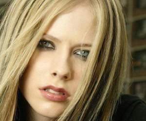 Avril Lavigne, musica, and belleza image