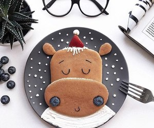 glasses and pancakes image
