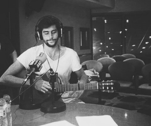 music, b w, and alvaro soler image