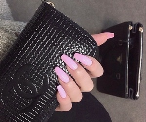 accessories, beauty, and chic image