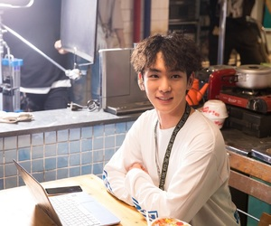 key, lookout, and SHINee image