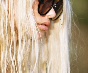 blonde, cool, and fabulous image