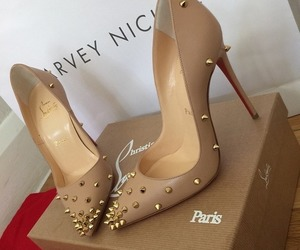 goal, heels, and luxe image