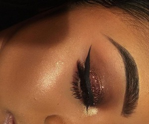 makeup inspo and autumn vibes image