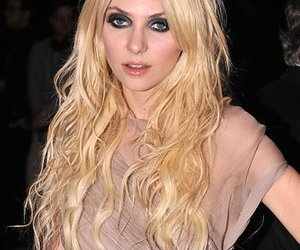 blonde, hair, and Taylor Momsen image