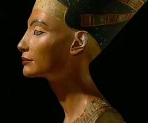 egyptian and queen nefertiti image