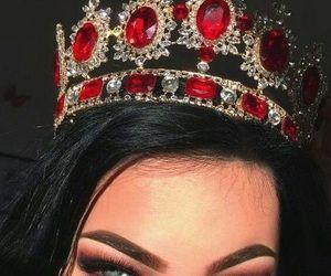 girl, crown, and makeup image