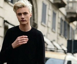 lucky blue smith and boy image