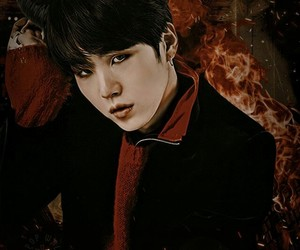 kpop, wallpaper, and suga image
