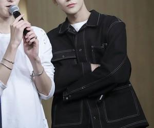 asian boy, fnc, and hwiyoung image