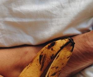 autumn, texture, and banana image