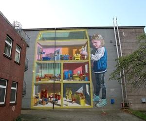 3D art, chalk art, and street art image