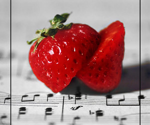 music, strawberry, and heart image