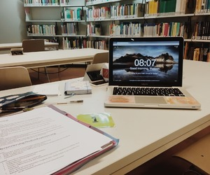 library and study image