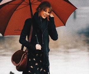 fall and Taylor Swift image