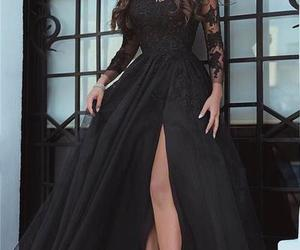 evening dress, party dress, and evening gowns.fashion image