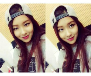 kpop, red hair, and swag girl image