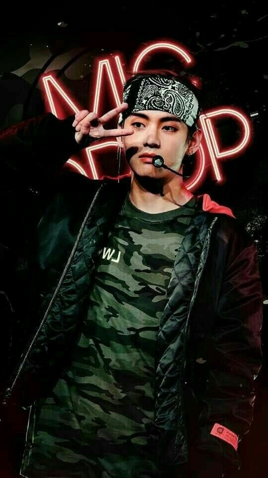 Bts Mic Drop Wallpaper Cr Emma Maknae On We Heart It
