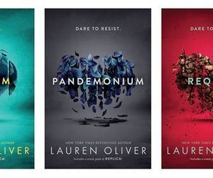 books, lauren oliver, and delirium image
