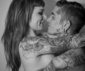 Image by FB/romanticmagazine1