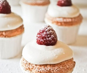 cupcakes, raspberry, and sweet image