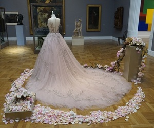 art gallery, Couture, and dress image