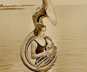 vintage and sousaphone image