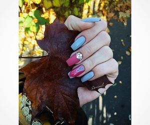 fall and nail image
