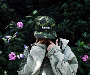 supreme, style, and flowers image