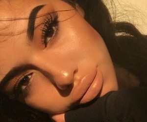 brown eyes, brunette, and eyebrows image