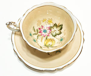 1940s, vintage tea cup, and shabby chic decor image