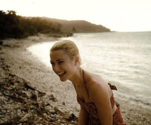 grace kelly and beach image