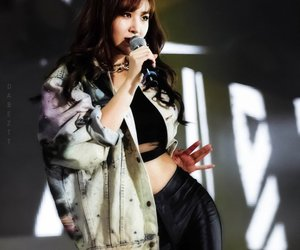 girls generation, yuri, and kwon yuri image