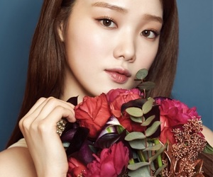 actress, lee sung kyung, and Allure image
