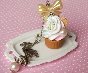 candy, marshmallow, and necklace image