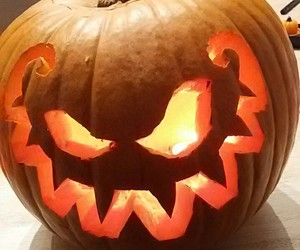carving, citrouille, and Halloween image