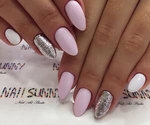mani, sparkly nails, and nail sunny image