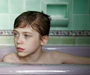 beverly, sophia lillis, and it cast image
