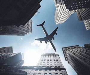 airplanes image