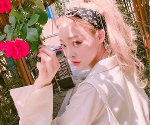 fashion, korean, and asian image