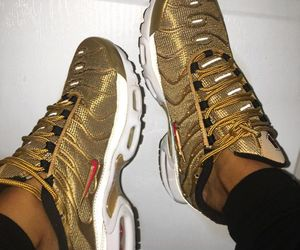factory price 211d4 ddc01 gold, nike, and shoes image