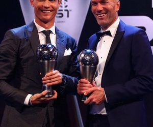 cr7, thebest, and zidane image