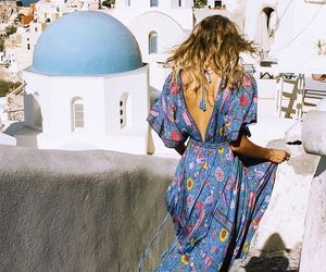 dress and travel image