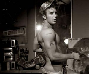 actor, chris evans, and photoshoot image